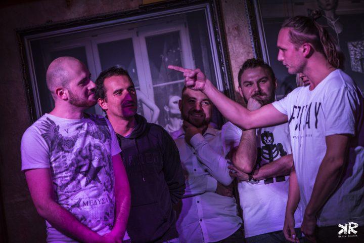 (Prawie) cała ekipa z Miśkiem Koterskim - foto: Radek Kowalik, www.facebook.com/calinabialo